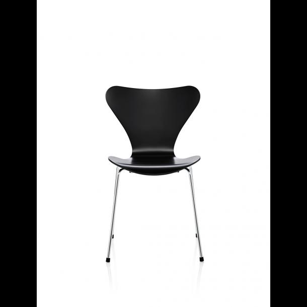Fritz Hansen Serie 7 stol, lakeret, Sort